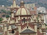 Iglesias, Medellín