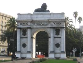 Árco Británico, monumento al Centenario de la Independencia de Chile