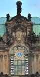 Uhr mit Glockenspiel